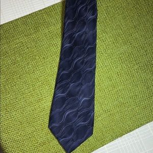 Van Heusen 100% Silk Men's Neck Tie